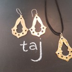 taj pendant & earrings